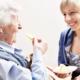 Assistenza domiciliare: 10 proposte per una riforma dei servizi